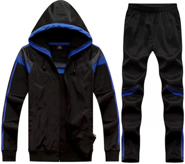رياضية رجالي 600x530 - دراسة جدوى مشروع محل بيع الملابس الرياضية باستثمار 400,000 دولار