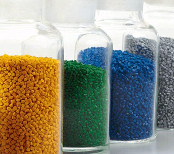 دراسة جدوى مشروع مصنع تدوير لإنتاج خام البلاستيك باستثمار 3 مليون و 400 ألف دولار