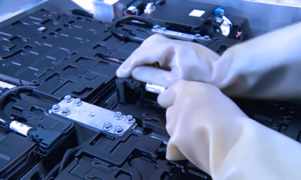 تصنيع البطاريات للتطبيقات الصناعية