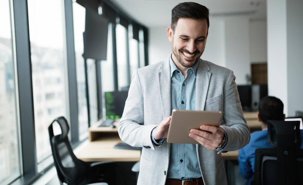 هل ترغب بالتواصل مع أفضل مكتب دراسة جدوى؟