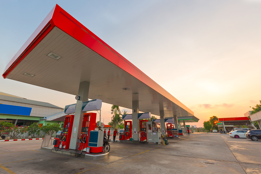 إليك أهم 10 مستندات واشتراطات مطلوبة حول تأهيل محطات الوقود